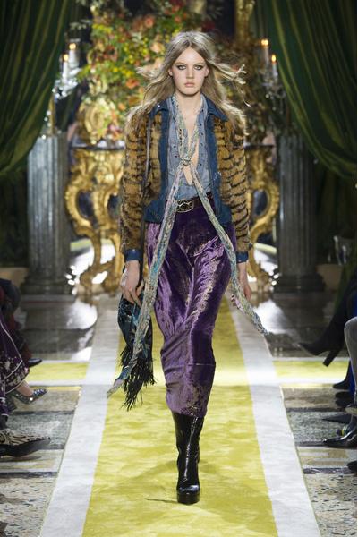 Самые красивые образы Недели моды в Милане   галерея [1] фото [34]