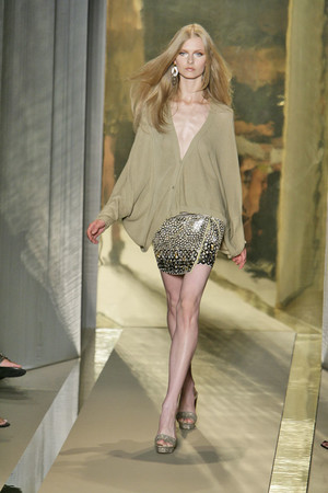 Показ Donna Karan коллекции сезона Весна-лето 2009 года Prêt-à-porter - www.elle.ru - Подиум - фото 78172