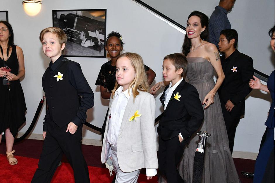 Буря после затишья: Брэд Питт считает, что Джоли плохо влияет на детей фото [5]