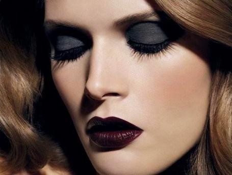 Темная губная помада (34 фото): кому идет темный цвет и макияж с темной помадой, как правильно красить и носить темные оттенки на губах