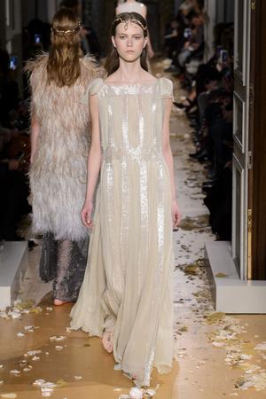 Показ Valentino коллекции сезона Весна-лето  2016 года Haute couture - www.elle.ru - Подиум - фото 603100