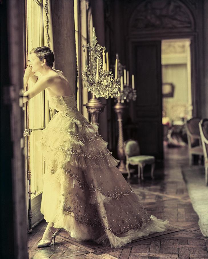 Норман Паркинсон, 1950. Robe Mozart, коллекция haute couture весна – лето 1950, линия Verticale.