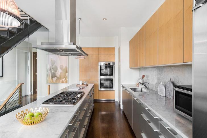 Актер Майк Майерс продает апартаменты в Нью-Йорке фото [3]