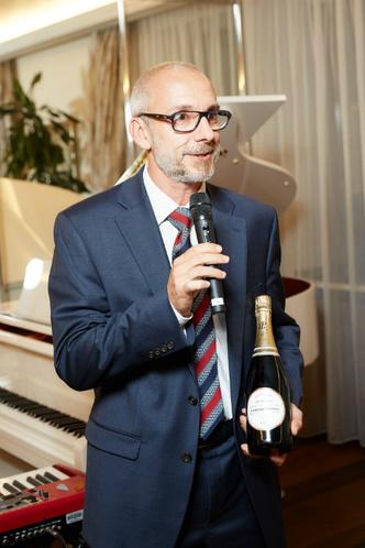 Звезды на презентации обновленного шампанского La Cuvée фото [7]