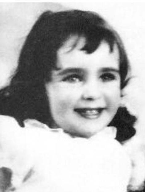 ELIZABETH TAYLOR в дества