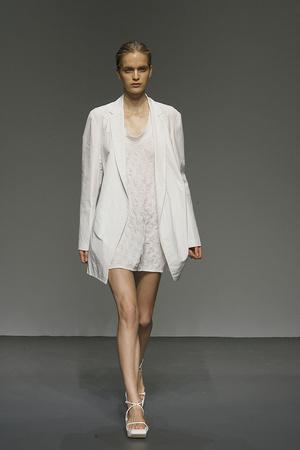 Показ Calvin Klein коллекции сезона Весна-лето 2010 года prêt-à-porter - www.elle.ru - Подиум - фото 111163