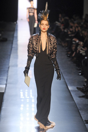Показ Jean Paul Gaultier коллекции сезона Весна-лето 2011 года Haute couture - www.elle.ru - Подиум - фото 217247