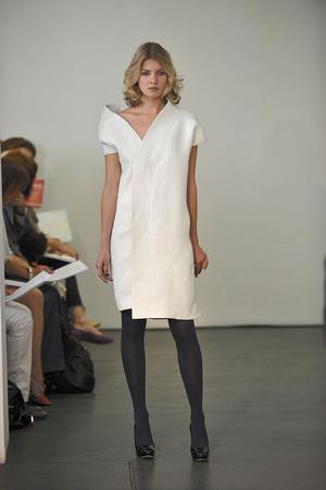 Показ Atelier Gustavo Lins коллекции сезона Осень-зима 2009-2010 года haute couture - www.elle.ru - Подиум - фото 87162