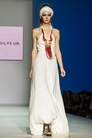 Показ Lena Vasilyeva коллекции сезона Весна-лето 2013 года Prêt-à-porter - www.elle.ru - Подиум - фото 469058