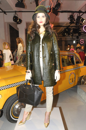 Показ Kate Spade коллекции сезона Осень-зима 2013-2014 года prêt-à-porter - www.elle.ru - Подиум - фото 484314