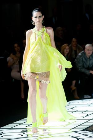 Показ Atelier Versace коллекции сезона Весна-лето 2013 года haute couture - www.elle.ru - Подиум - фото 476980