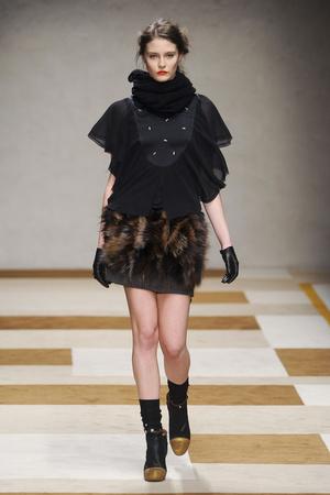 Показы мод Kristina Ti Осень-зима 2012-2013 | Подиум на ELLE - Подиум - фото 1540