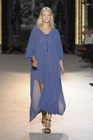 Показы мод Stella McCartney Весна-лето 2011 | Подиум на ELLE - Подиум - фото 2483