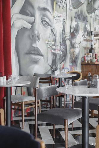 Ресторан «Кастинг» в кинотеатре «Октябрь» от студии MAST (фото 10.2)