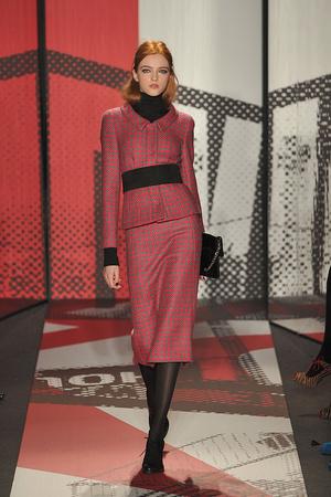 Показ DKNY коллекции сезона Осень-зима 2009-2010 года prêt-à-porter - www.elle.ru - Подиум - фото 90013