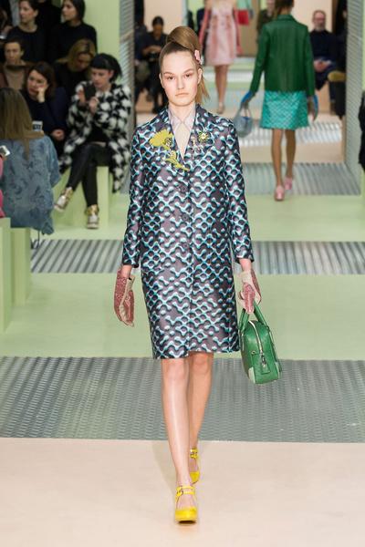 Показ Prada на Неделе моды в Милане | галерея [1] фото [8]