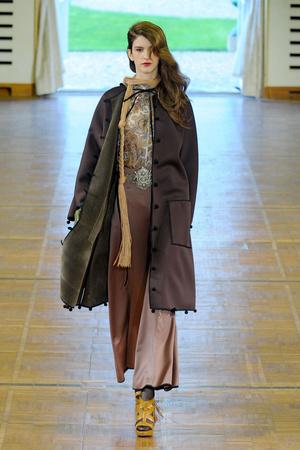 Показ Alexis Mabille коллекции сезона Осень-зима 2011-2012 года prêt-à-porter - www.elle.ru - Подиум - фото 253945