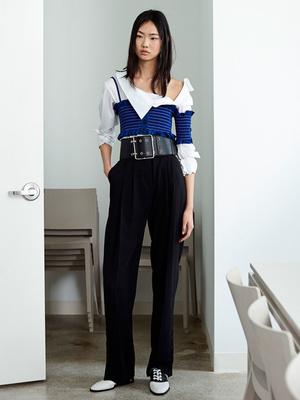 7 новых способов носить брюки на высокой талии (фото 6)