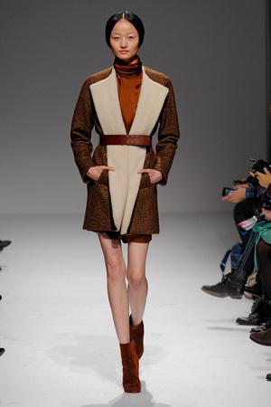 Показы мод Martin Grant Осень-зима 2011-2012 | Подиум на ELLE - Подиум - фото 2149