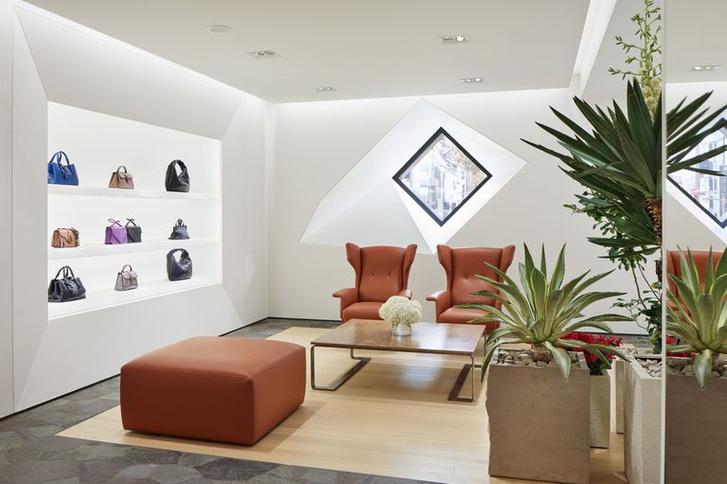 Флагманский бутик Bottega Veneta в Токио (фото 3)