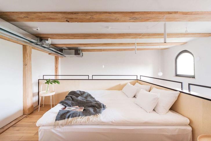Современные апартаменты в готическом здании (фото 11)