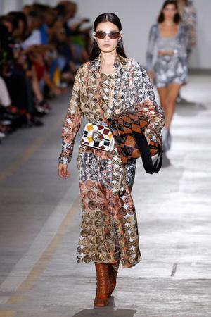 Milan Fashion Week в цифрах (фото 13.2)