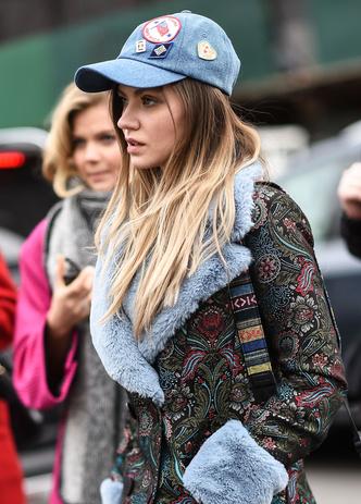 Что носят на Неделе моды в Нью-Йорке: 12 стритстайл-трендов (фото 20.1)