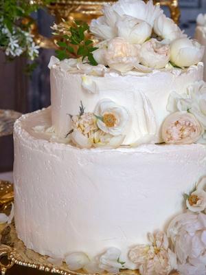 Лимонный шедевр: рецепт свадебного торта принца Гарри и Меган Маркл (фото 4)