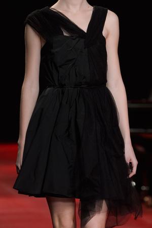 Показ Nina Ricci коллекции сезона Осень-зима 2013-2014 года prêt-à-porter - www.elle.ru - Подиум - фото 536394