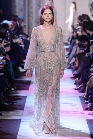 Показ Elie Saab коллекции сезона Весна-лето 2018 года Haute couture - www.elle.ru - Подиум - фото 675201