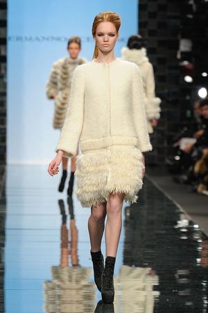 Показы мод Ermanno Scervino Осень-зима 2011-2012 | Подиум на ELLE - Подиум - фото 2243