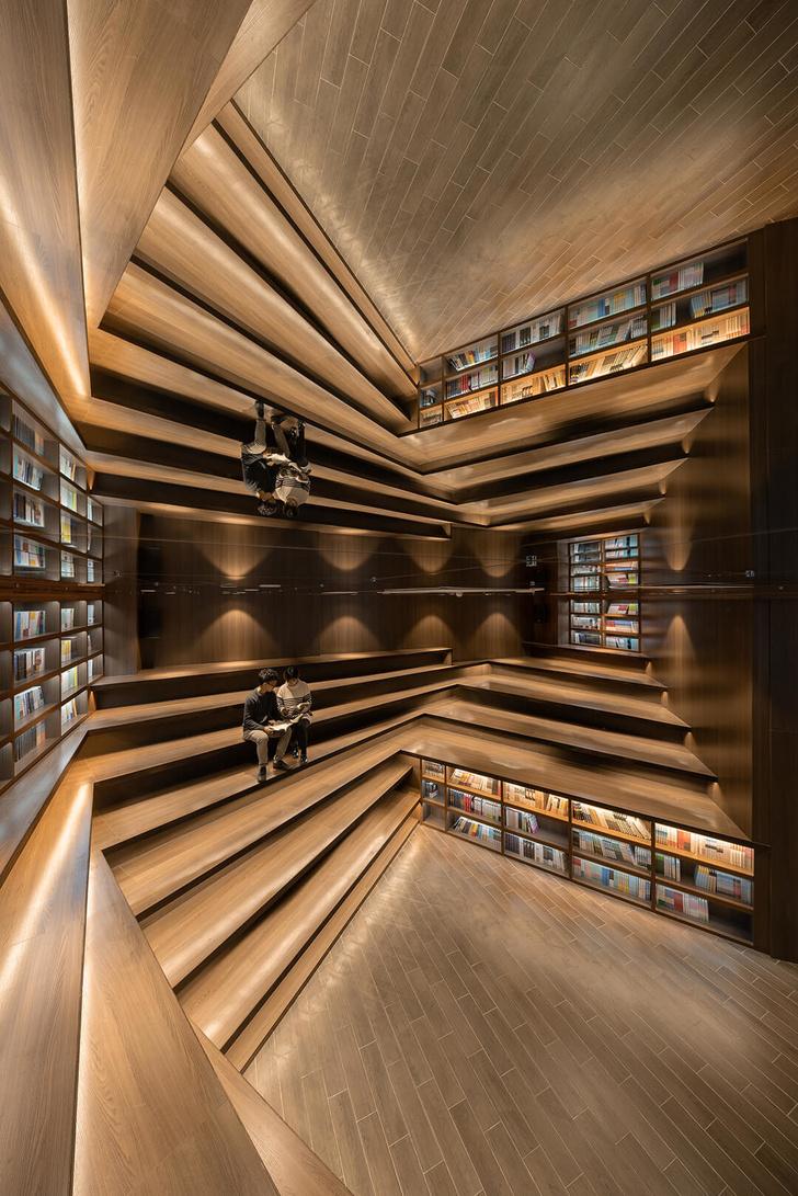 Калейдоскоп книг: завораживающий магазин в Китае (фото 6)