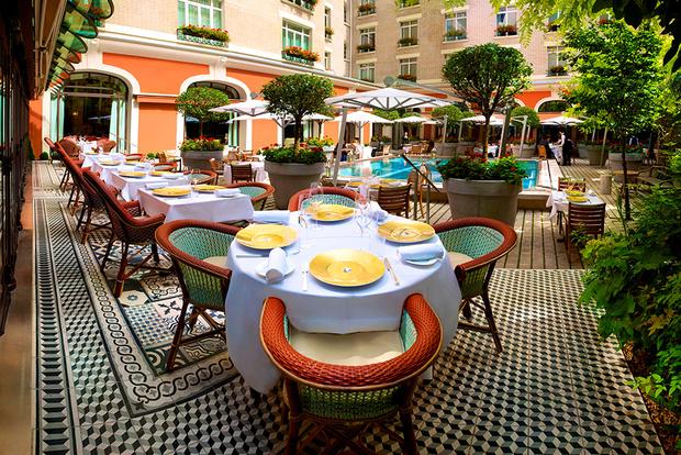 Круассаны в постель: 5 парижских отелей с образцовыми завтраками (фото 39)