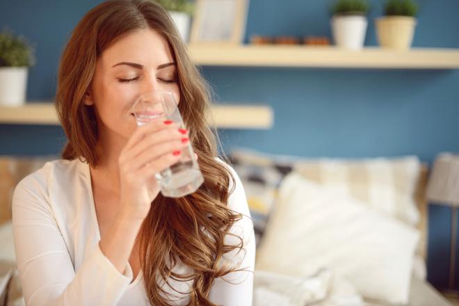 Что происходит с телом, когда вы пьете и не пьете воду? (фото 1)