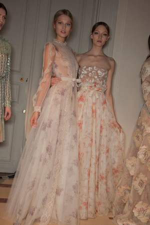 Показ Valentino коллекции сезона Весна-лето 2012 года Haute couture - www.elle.ru - Подиум - фото 332832
