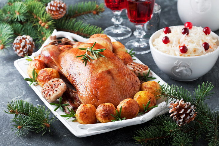Вкус традиции: лучший рецепт Рождественского гуся от Джейми Оливера (фото 1)