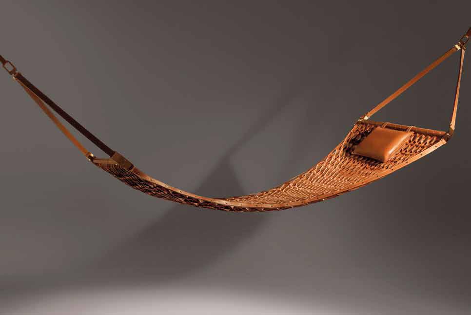 Выставка Objets Nomades от модного дома Louis Vuitton | галерея [1] фото [5]