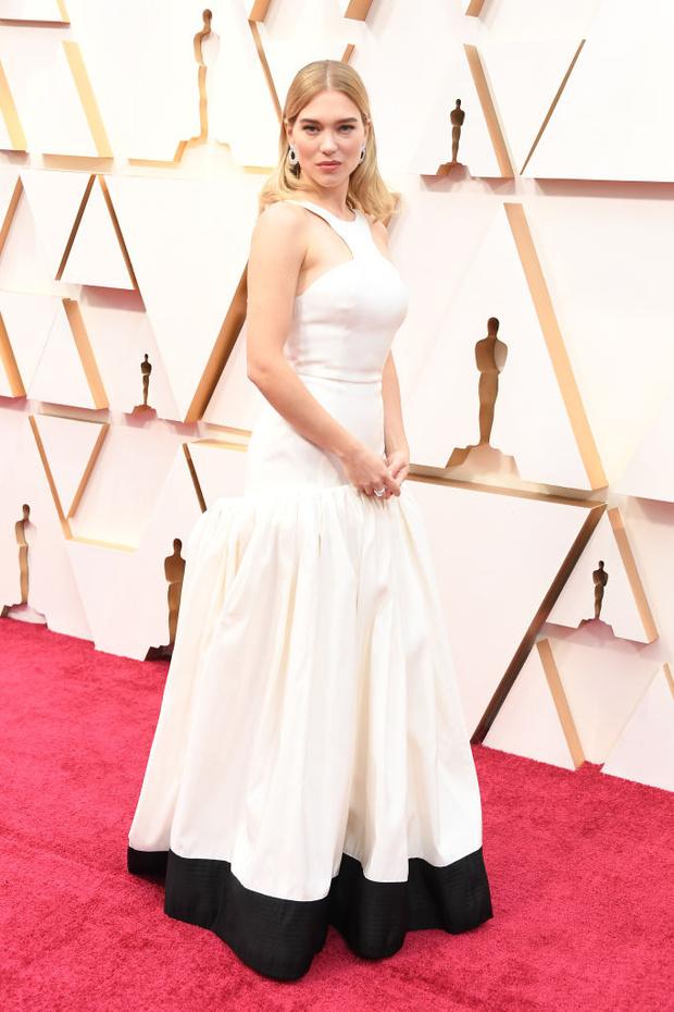 Истинные парижанки выбирают для «Оскара» белый (фото 1)