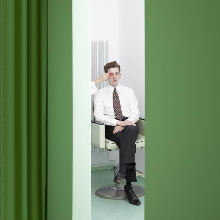 Мятно-зеленая оптика в Берлине по проекту Oskar Kohnen Studio (фото 7)