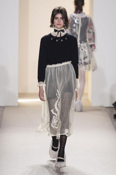 Самые красивые образы Недели моды в Милане   галерея [1] фото [36]