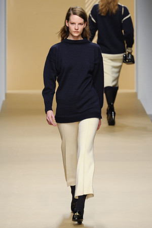 Показы мод Daks Осень-зима 2011-2012 | Подиум на ELLE - Подиум - фото 2302
