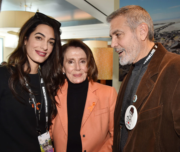 Редкий выход: Джордж и Амаль Клуни на «Марше за наши жизни» (фото 2)
