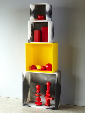 Базовая коллекция Марты Старди: простые формы и основные цвета (фото 1)