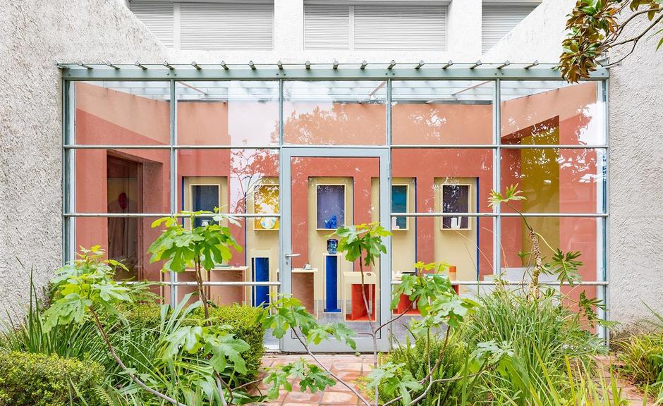 Сувенирный магазин по дизайну Пьера Йовановича в арт-центре Villa Noailles (фото 5)