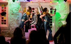Вдохновение кино: стиль в фильме «Mamma Mia! 2» (фото 11.2)