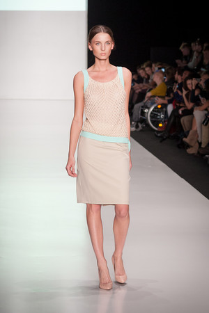 Показы мод MARI AXEL  Весна-лето 2014 | Подиум на ELLE - Подиум - фото 3711