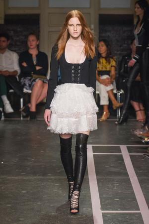 Показы мод Givenchy Весна-лето 2015 | Подиум на ELLE - Подиум - фото 4194