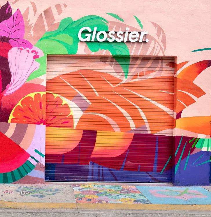 Эклектичный pop-up бутик Glossier в Майами (фото 2)