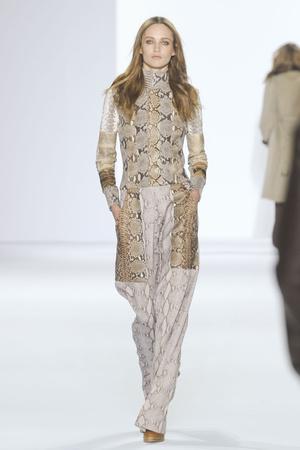 Показы мод Chloé Осень-зима 2011-2012 | Подиум на ELLE - Подиум - фото 2128