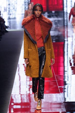 Показы мод Just Cavalli Осень-зима 2015-2016 | Подиум на ELLE - Подиум - фото 4272